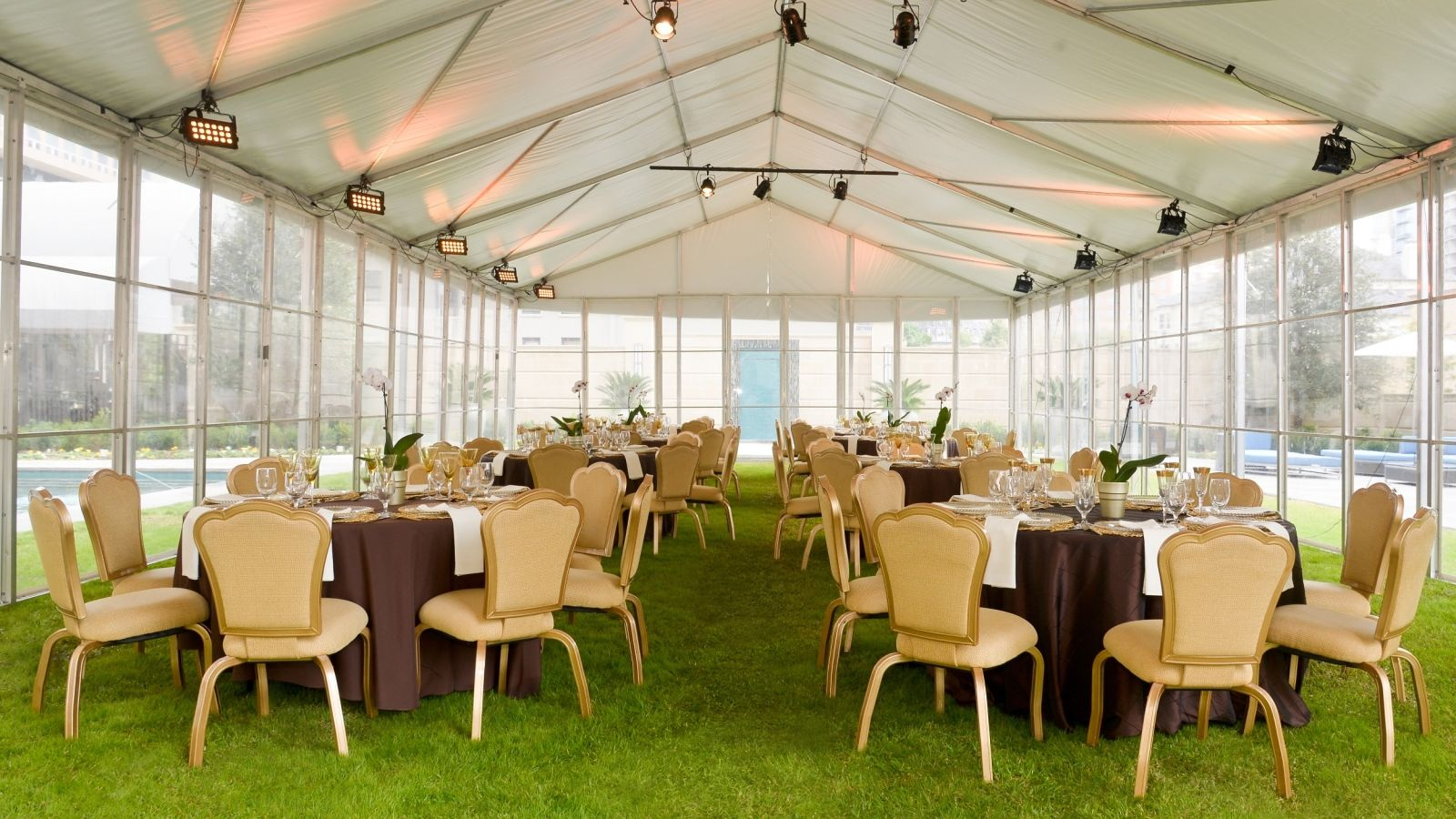 Uptown Dallas Weddings - Stoneleigh Court Event
